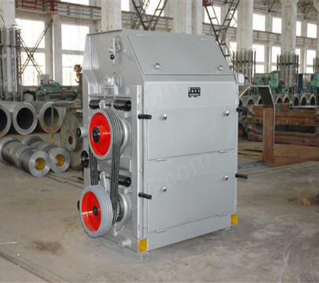 Roll sheller shelling machine for shelling walnuts